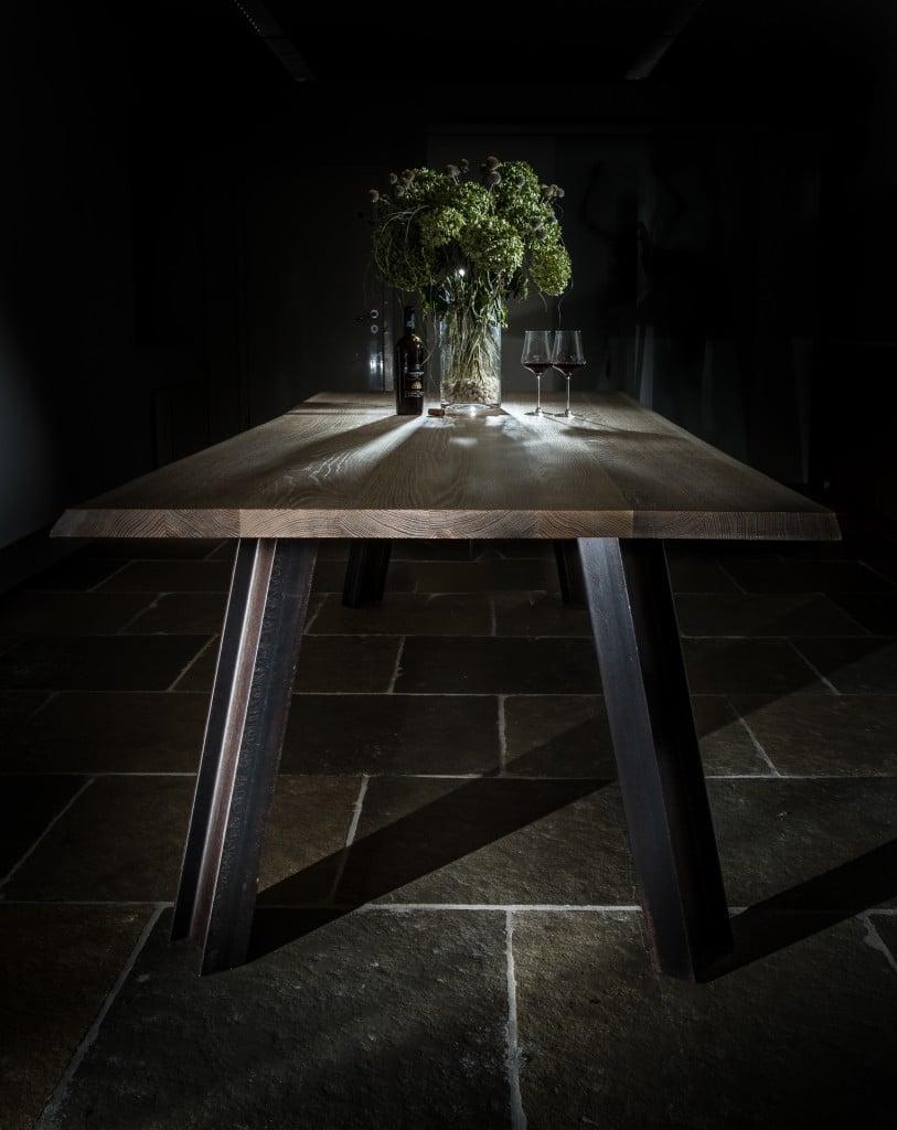 Tisch-Eiche-massivMetallbeine-I-Träger1