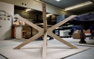 Tisch-Eiche-massiv-Tischbeine-Produktion4a